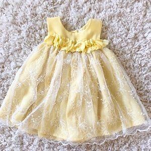 BABY GIRL DRESS SIZE 3-6 MONTHS YELLOW WHITE LACE